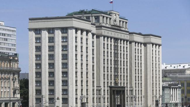 Страховое возмещение отдельным категориям вкладчиков банков, теряющих лицензию, поднимут до 10 млн руб.