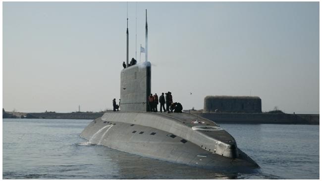 """""""Адмиралтейские верфи"""" спустили на воду первую из шести подлодок для ВМФ Вьетнама"""