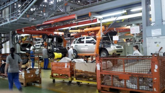 АвтоВАЗ вернулся к режиму пятидневной рабочей недели