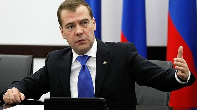 Дмитрий Медведев одобрил праймериз для кандидатов в губернаторы