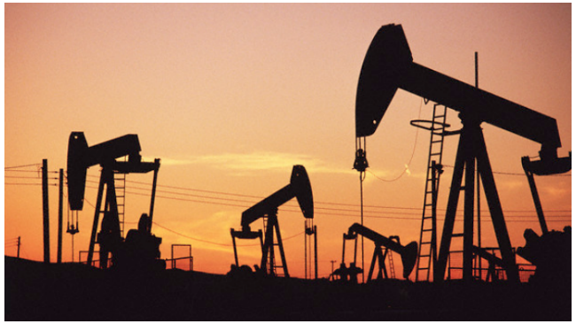 Цена на нефть Brent опустилась ниже $57 на последних торгах года