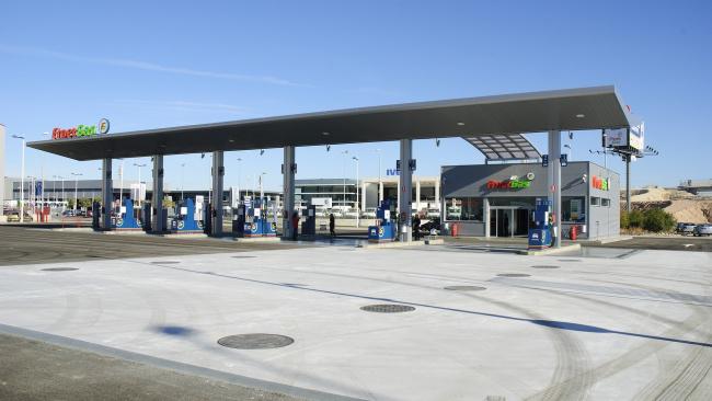 Новак: в апреле падение спроса на бензин на АЗС составило 40-50%
