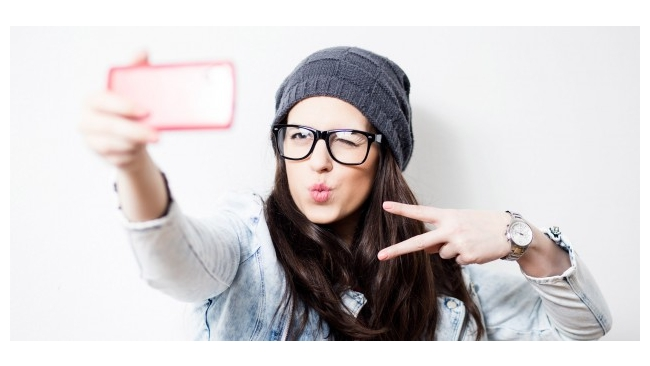 Эксперты научились определять уровень IQ по фотографиям из соцсетей