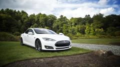 Компания Tesla потеряла $619 млн за один квартал