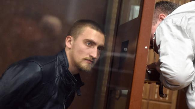 Песков заявил, что президент не может изменить постановление суда по делу Павла Устинова