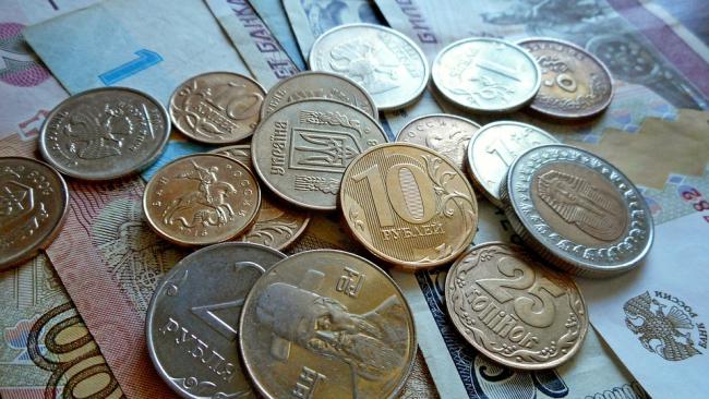 В районах Петербурга наблюдается снижение долгов за ЖКХ