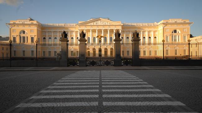 Задержан вандал, разукрасивший стены Русского музея