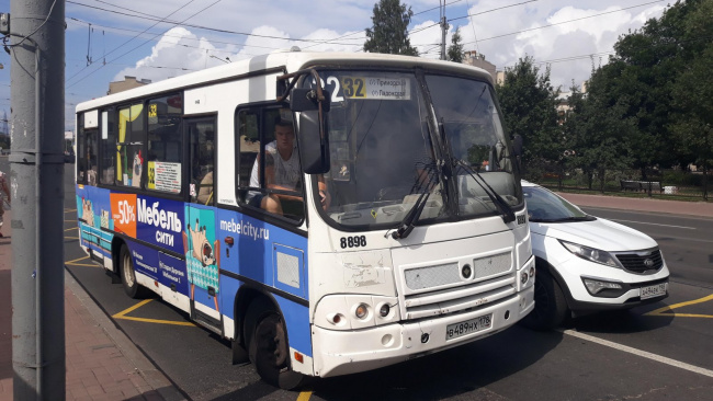 Петроградский район останется без семи коммерческих маршрутов