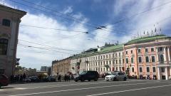 Новые павильоны ожидания транспорта на остановках появятся в 12 районах Петербурга