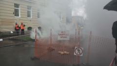 На Васильевском острове прорвало еще одну трубу с горячей водой