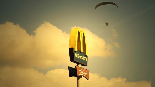 """McDonalds намерен открыть несколько своих ресторанов в """"Перекрестках"""""""