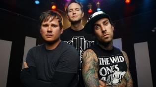 Стала известна дата выхода нового мини-альбома Blink-182