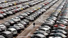 Дилерские центры назвали желаемую сумму комиссии при покупке авто с помощью карты