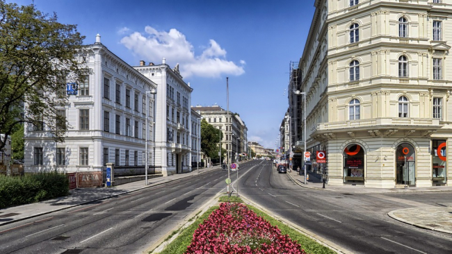 У россиян в два раза вырос спрос на коммерческую недвижимость за рубежом