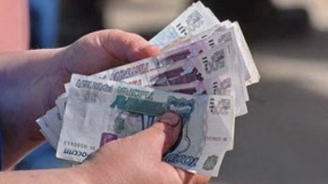 Эксперты: курс рубля будет сильно колебаться во время праздников
