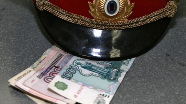 Замминистра МВД Крыма пожаловался на низкие зарплаты, после чего заработал 38 миллионов