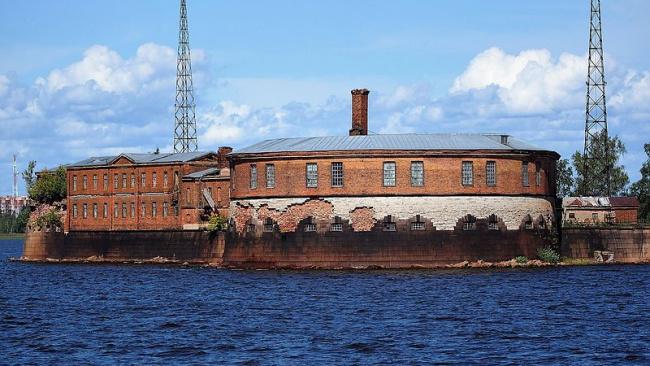 Правительство РФ выделит около 4,5 млрд руб на реконструкцию двух фортов Кронштадта – «Кроншлота» и «Цитадели»