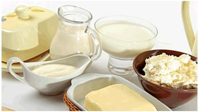 Белоруссия выставила России счета за молочную продукцию в долларах