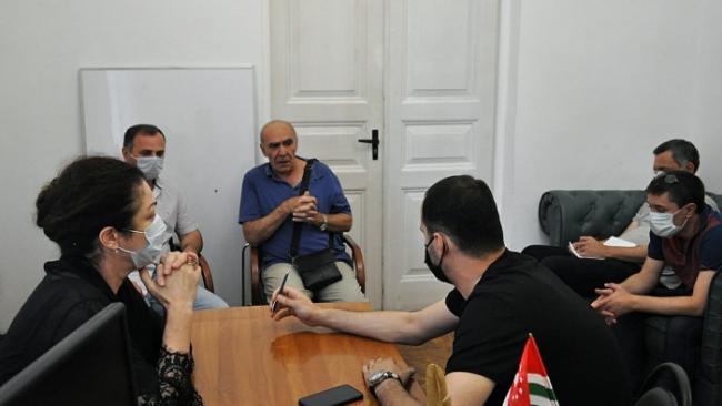 Медики Абхазии опасаются ухудшения ситуации с COVID-19 после открытия границы с РФ
