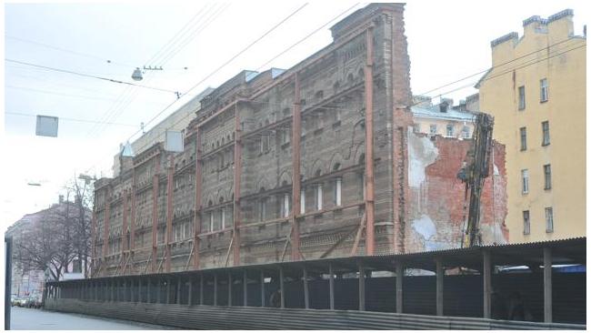 Реконструкция Пушкарских бань вступила в новую стадию