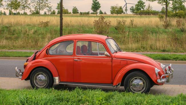 """Компания Volkswagen сообщила о снятии с производства легендарного """"Жука"""""""