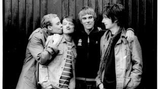 The Stone Roses воссоединились, а Primal Scream ищут ...