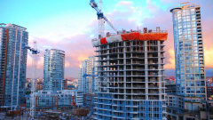 Глава ВТБ не заметил увеличения цен на строительство после перехода на эскроу