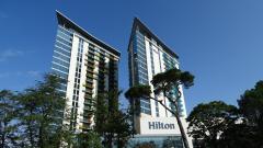 Сеть отелей Hilton на фоне пандемии во 2-м квартале получила убыток в размере $432 млн