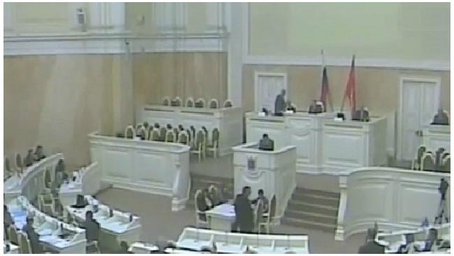 ЗакС одобрил закон о передаче имущества церкви во втором чтении