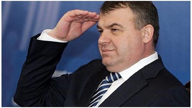 Сердюков отказался давать показания без адвоката