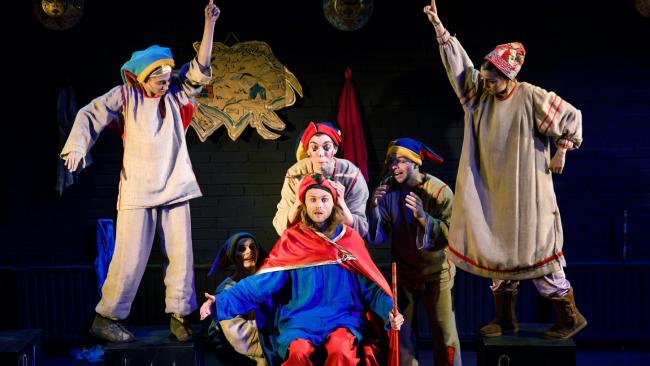 Первые прошедшие после карантина спектакли театров Петербурга собрали аншлаги