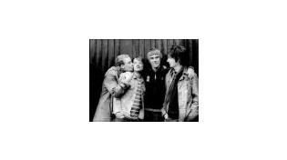 Stone Roses купили локомобиль