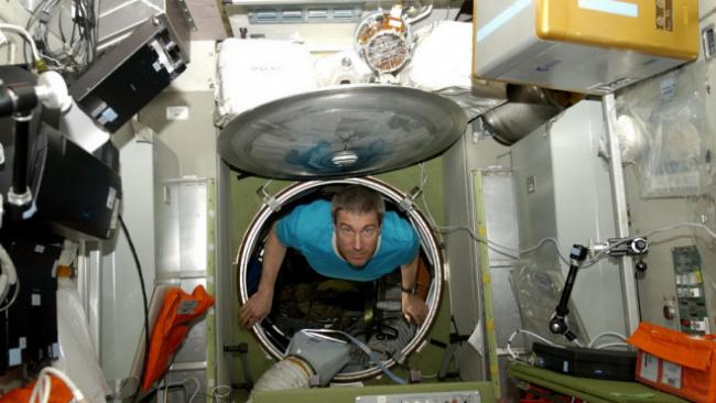 """В """"Роскосмосе"""" не считают запуск Crew Dragon началом эры частного кораблестроения"""