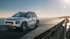 Импорт легковых автомобилей в РФ в апреле упал на 46% по сравнению с мартом