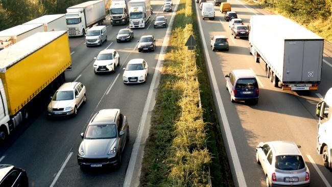 Штрафы за нарушения ПДД предложили привязать к доходу водителей