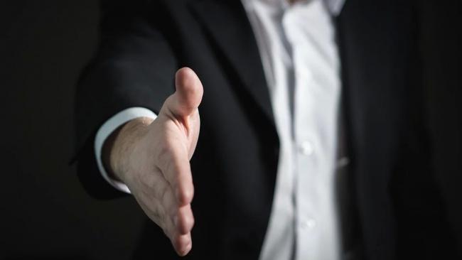 Глава ВЦИОМ предложил налаживать канал взаимодействия между властью и обществом
