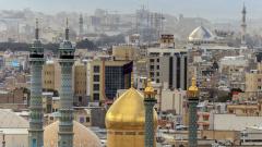 Китай передал в дар Ирану 250 тысяч медмасок