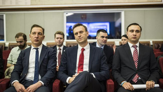 Навальный негативно отнесся к идее защищать журналистов