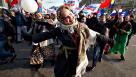 Исследование ВЦИОМ : почти 90% российских граждан считают себя счастливыми