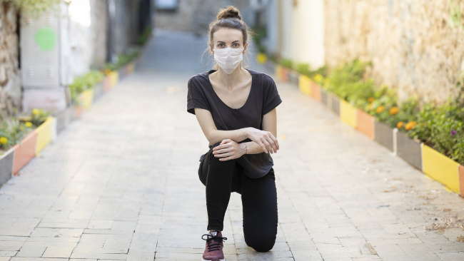 В России за сутки коронавирусом заболело 8338 человек