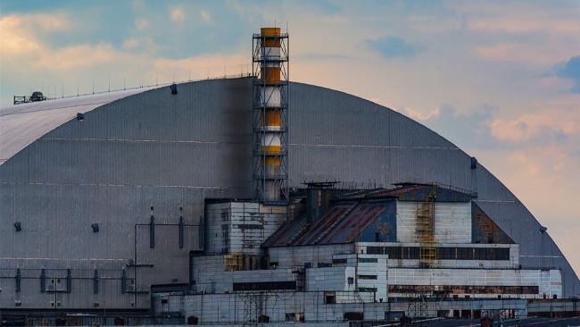 Четвертый реактор ЧАЭС полностью закрыли куполом