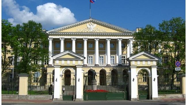 В Петербурге утвержден отчет об исполнении бюджета 2013 года