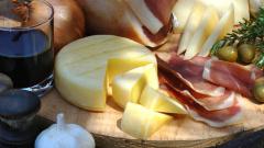 Россельхознадзор: невозможно совсем запретить ввоз молочной и мясной продукции