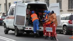 Движение по ул. Маршала Казакова ограничено из-за прорыва трубы