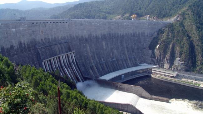Путин запустил новый гидроагрегат на Саяно-Шушенской ГЭС