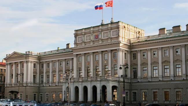 Проект бюджета Петербурга на 2021-2023 годы внесен в ЗАКС