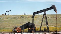 РФ в январе-августе сократила добычу нефти на 7,3%