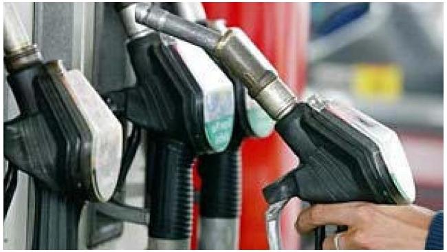 Нефтяники начали повышать цены на топливо
