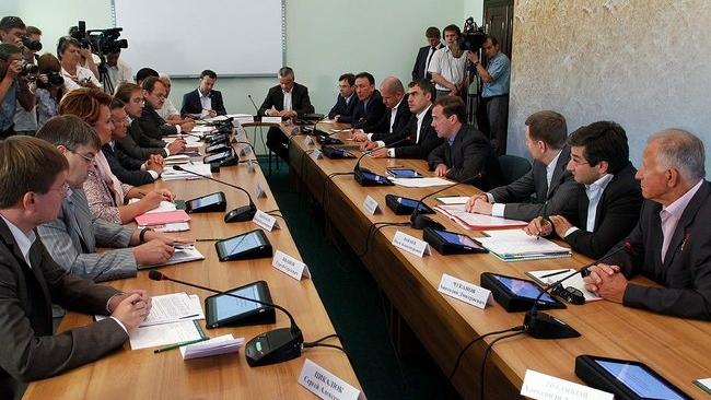 Вице-премьер Зубков напомнил об уголовном преследовании за распространение свиной чумы