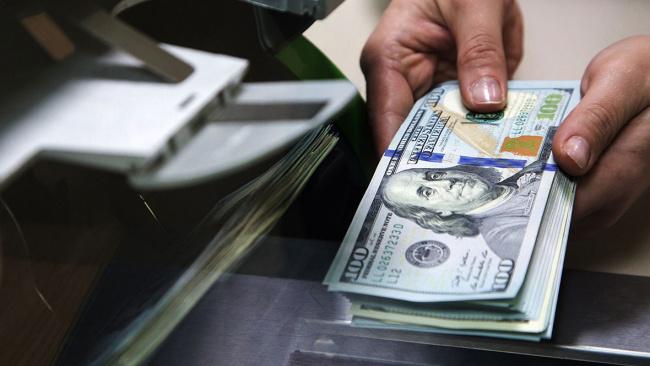 Центральный банк зафиксировал отток валютных вкладов